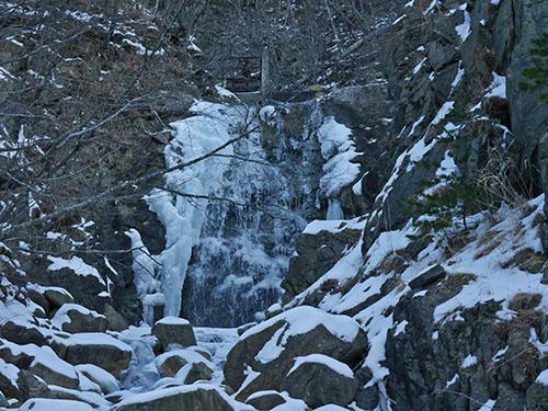 不動の滝_200209.jpg