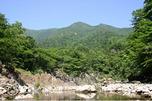 かんらん岩の渓谷