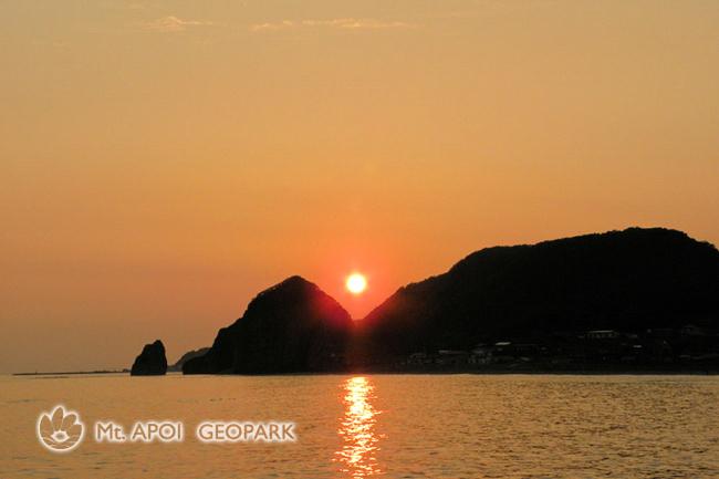 塩釜の夕陽